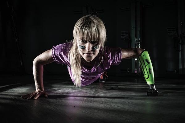 Lauren Scruggs pushup